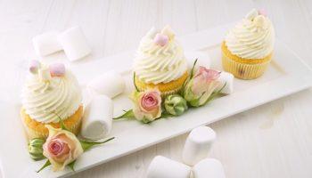 cupcakes-1850628_640