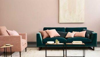 jasper-sofa-in-mohair-velvet—peacock-propped
