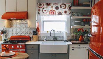 Big-Chill-retro-kitchen-red-Big-Chill-colorful-kitchen-appliances(pp_w842_h626)